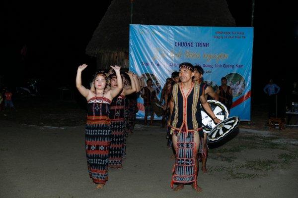 Những nét văn hóa độc đáo chỉ có ở Tây Giang